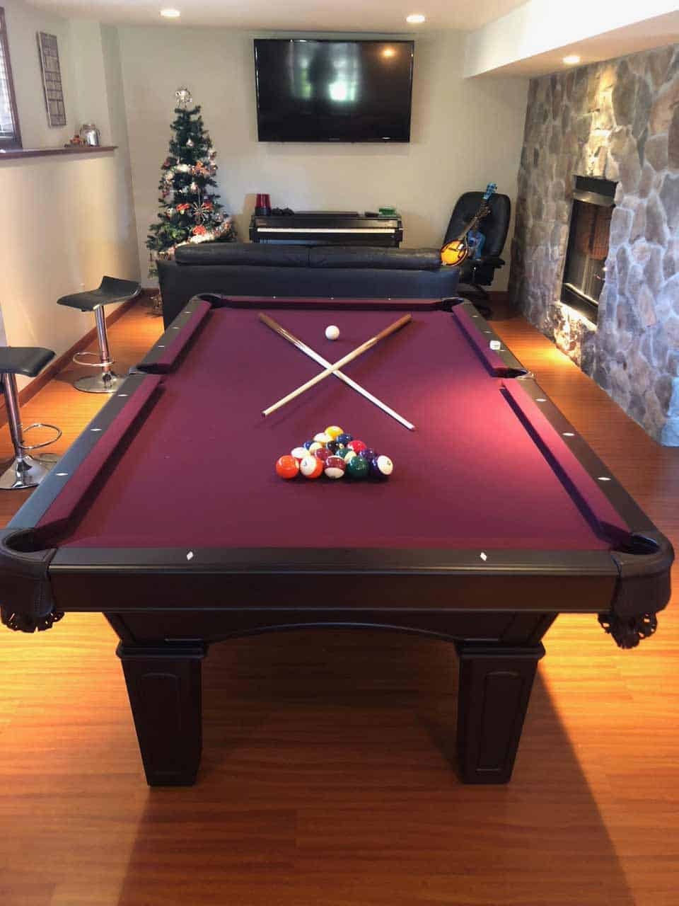 north haven ct red pool table on christmas