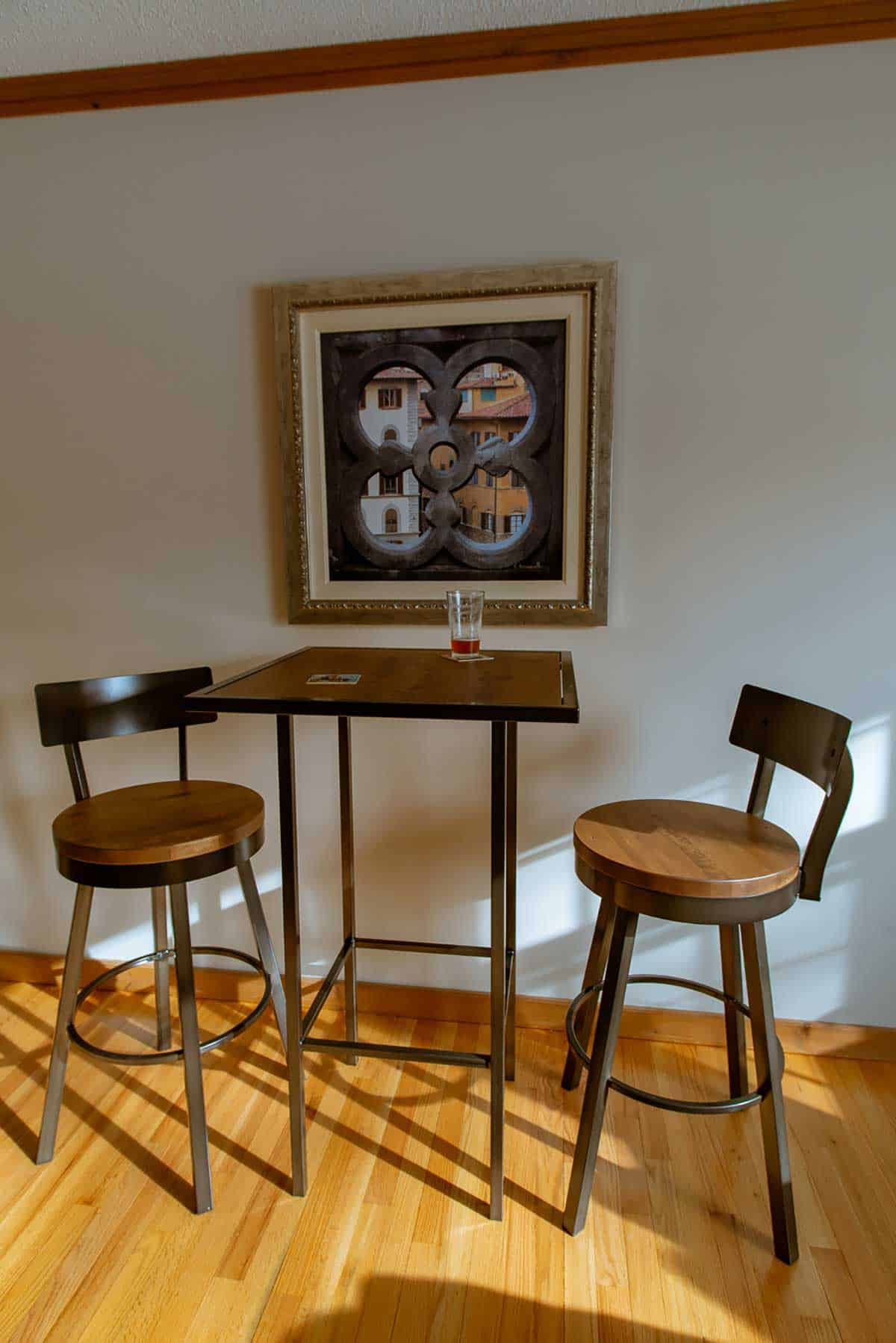 trumbull pub table and chairs
